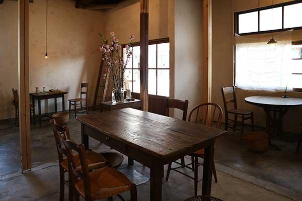 日ごと(三島市のアジアンカフェ)